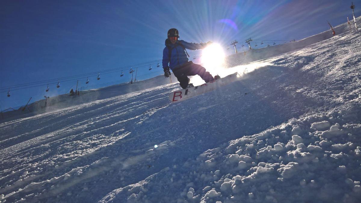Jose snowboarding